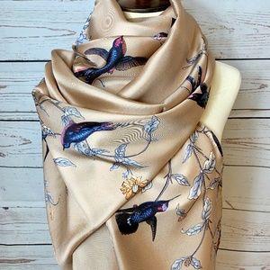 NWT DOLCE & GABBANA Silk Beige Bird Scarf Wrap